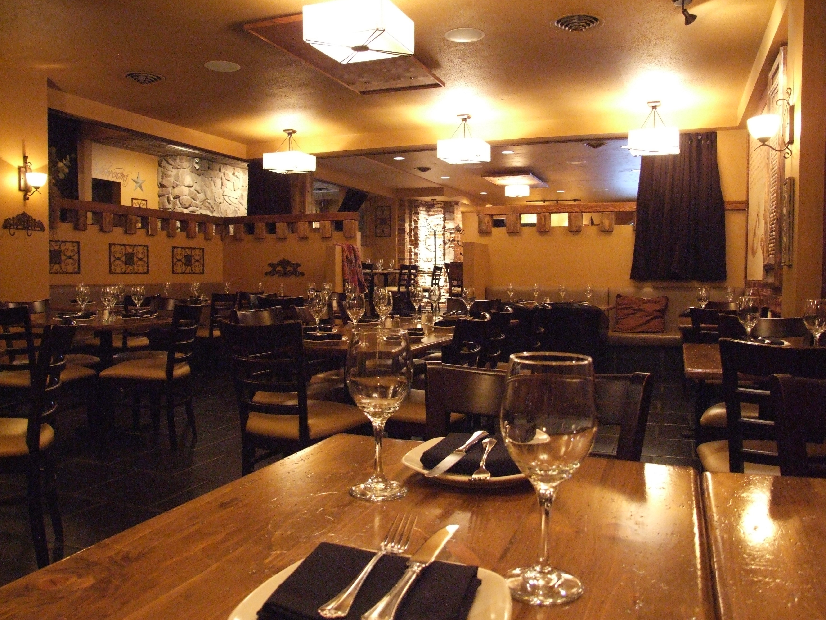 624 8th Avenue Sw Restaurant For Lease In Calgary Nai Advent