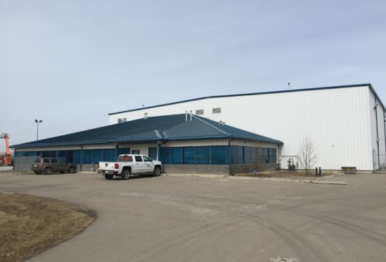 Calgary warehouse shop for lease