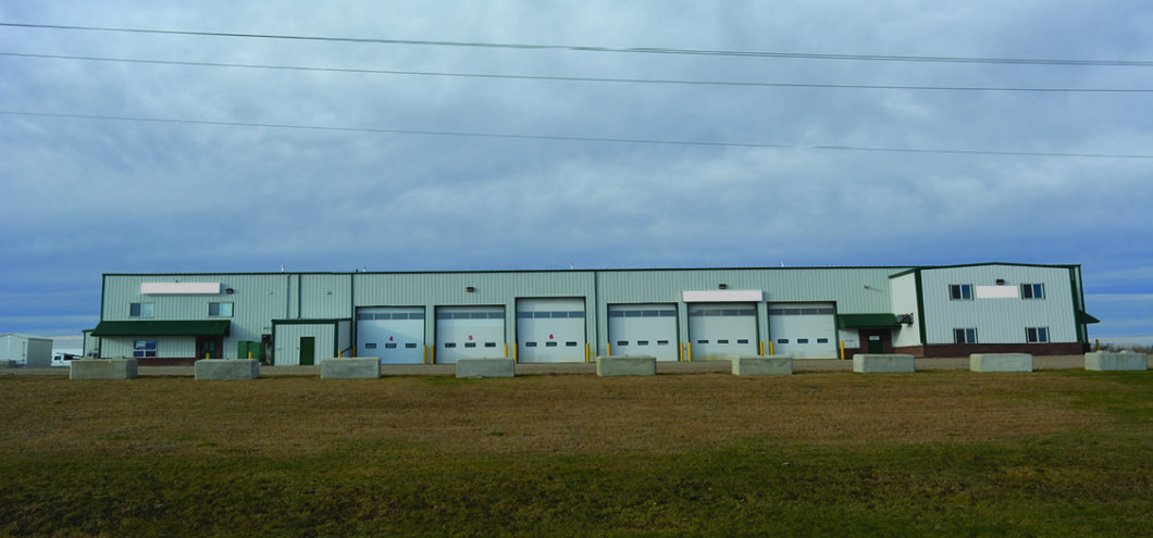 For Lease: For Lease- Warehouse and Yard Space in Brooks, AB