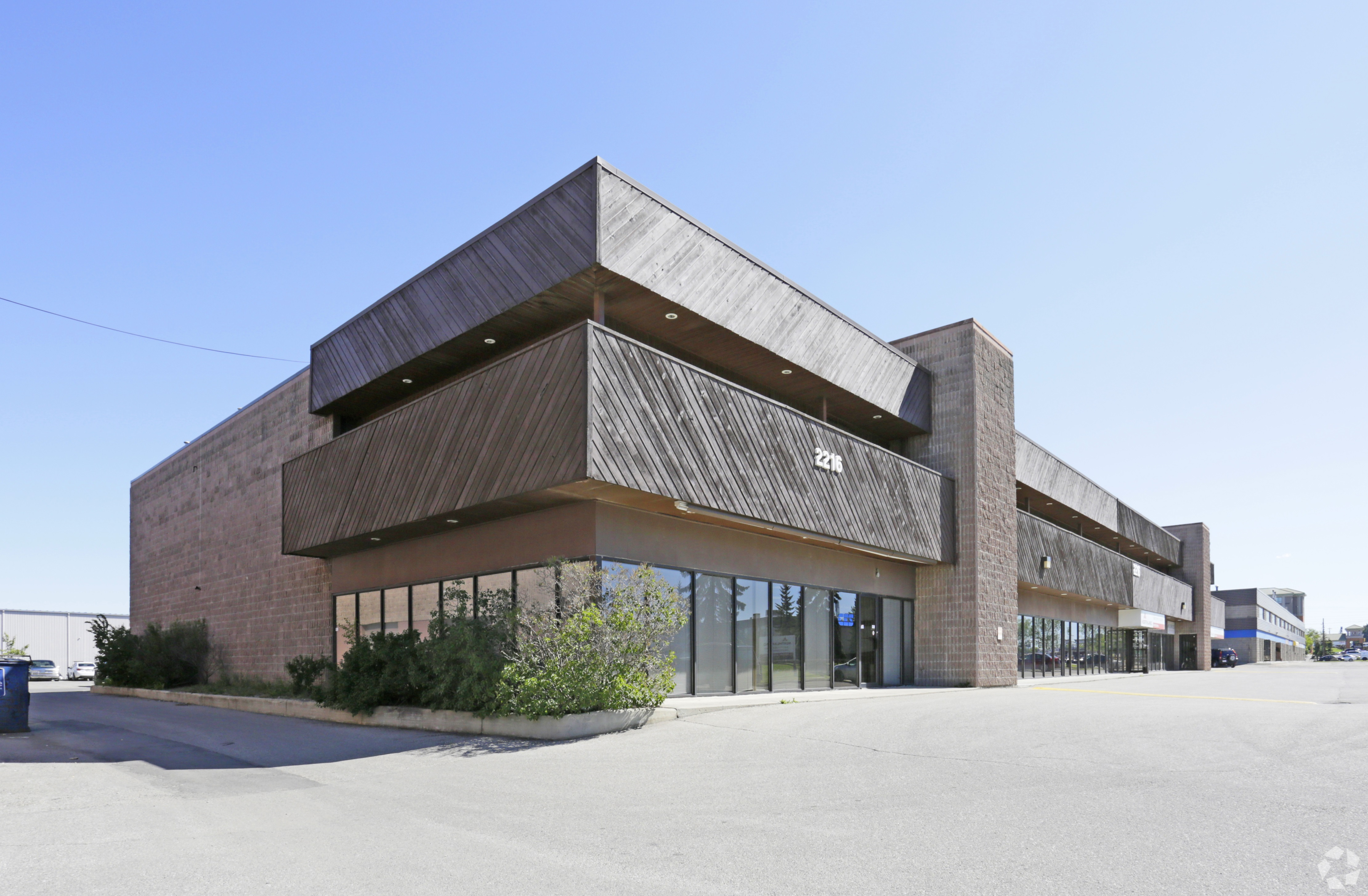 6,728 Sq. Ft. Flex Space for Lease